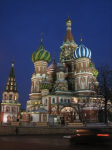 961080_saint_basils_cathedral_in_moscow_at_night.jpg
